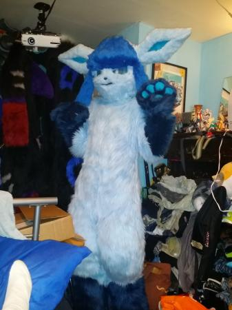 Glaceon from Pokemon worn by Oshi