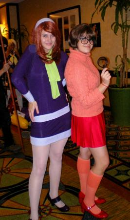 Velma Dinkley from Scooby Doo worn by Hoosteenay