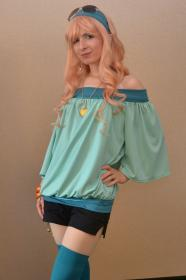Sheryl Nome from Macross Frontier worn by Hametsu No Kaze