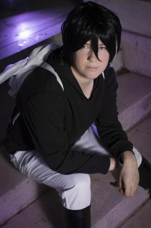 Licht Jekylland Todoroki from servamp worn by Lyn Hargreaves