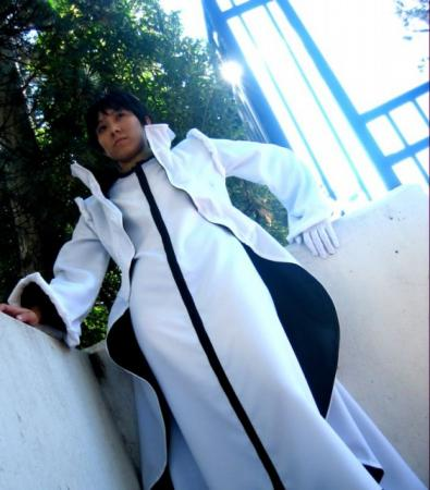 Aaroniero Arlerli from Bleach worn by Shounen Soul