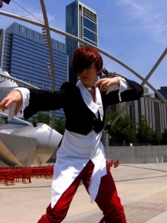 Iori Yagami from King of Fighters 1995 worn by Sailor Anime