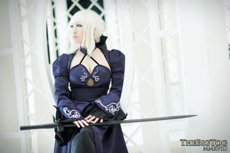 Saber Alter from Fate/Stay Night by KitsuEmi