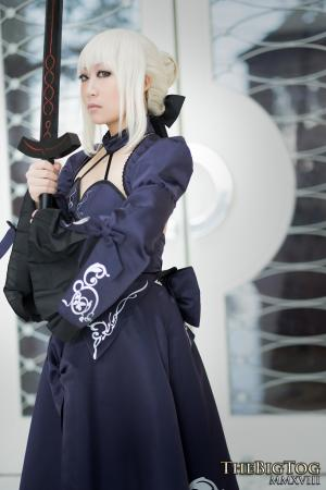 Saber Alter from Fate/Stay Night worn by KitsuEmi