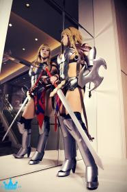 Reina / Leina from Queen's Blade: Rurou no Senshi worn by Aerial