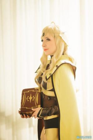 Ophelia from Fire Emblem Fates worn by shannuckles