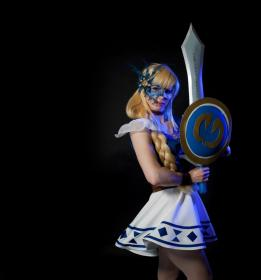 Sophitia Alexandra from Soul Calibur 2 worn by Susie
