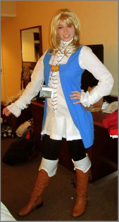 Refia from Final Fantasy III worn by tweetnbirdy
