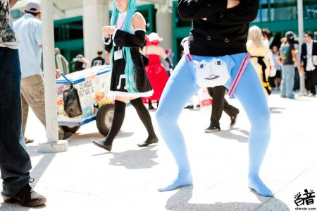 Hatsune Miku from Vocaloid 2 worn by Rofomet
