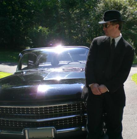 Elwood Blues from Blues Brothers worn by 59CustomCad