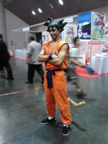 Son Goku from Dragonball worn by Black Gokou
