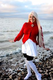 Irisviel von Einzbern from Fate/Zero worn by Chira