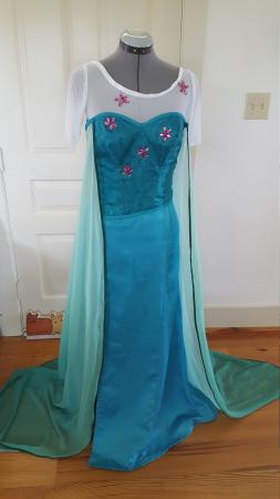 Elsa from Frozen worn by LittleNevermoreBird