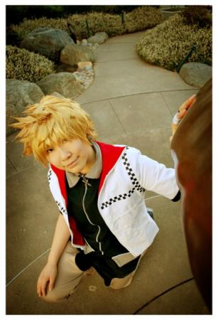 Roxas from Kingdom Hearts 2 worn by Ji-Hwan