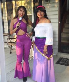 Selena from Selena y Los Dinos worn by Momo Kurumi