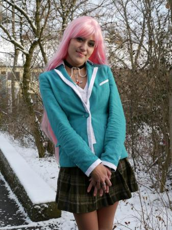 Moka Akashiya from Rosario + Vampire worn by Luminia