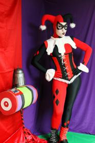 Harley Quinn / Dr. Harleen Francis Quinzel  	 from Batman worn by Ammie