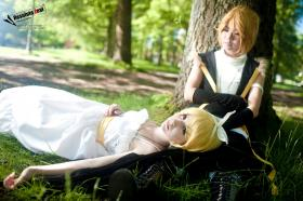 Kagamine Rin from Vocaloid 2 worn by Anaira