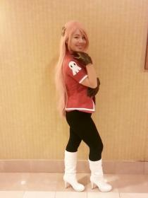 Aida Rayhunton from Gundam G no Reconguista worn by Adora