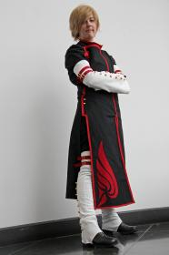Fai D. Flowright / Yuui from Tsubasa: Reservoir Chronicle worn by Micaiah