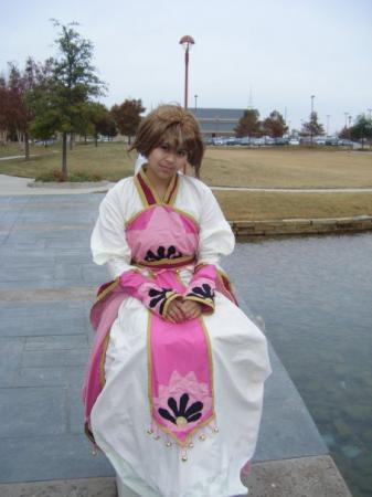 Sakura from Tsubasa: Reservoir Chronicle worn by Callista Miralni