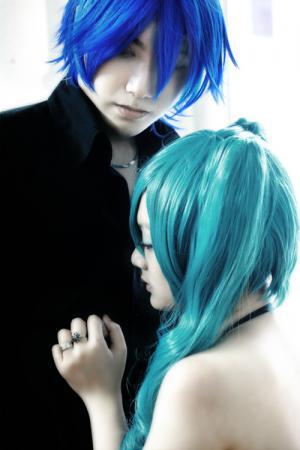 Hatsune Miku from Vocaloid 2 worn by Adrian L. Airya