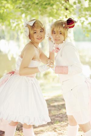 Kagamine Rin from Vocaloid 2 worn by melonnnrocher