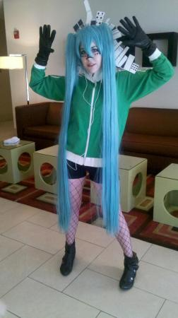 Hatsune Miku from Vocaloid 2 worn by Elii