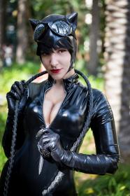 Catwoman from Batman worn by Tenleid