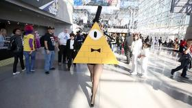 Bill Cipher from Gravity Falls worn by Fraxinus Cosplay