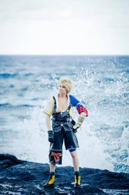 Tidus from Final Fantasy X worn by J-Jo Cosplay