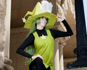 Peridot from Cucumber Quest worn by Scuttle
