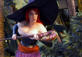 Sorceress from Dragon's Crown worn by Em