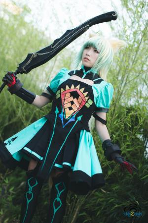 Atalanta from Fate/Grand Order worn by CYL Cosplay