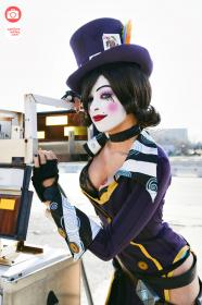 Moxxi from Borderlands 2 worn by Enasni Volz