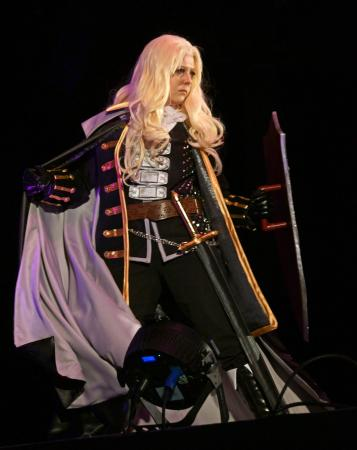 Alucard from Castlevania: Symphony of the Night worn by Risuruuu