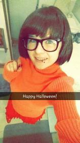 Velma Dinkley from Scooby Doo worn by RavenDarkness7