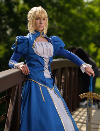 Saber from Fate/Stay Night by Cuvii