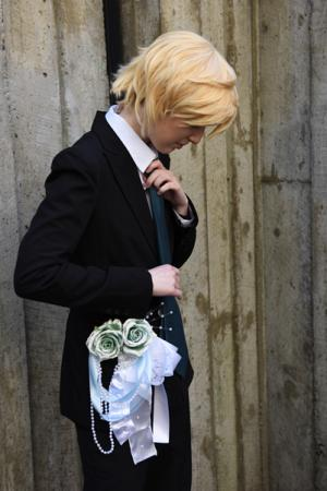 Oz Vessalius (Pandora Hearts)  by toastcrumb