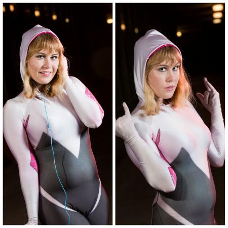 Gwen Stacy (Spider-man)  by Bombshell Cosplay