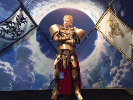 Gilgamesh (Fate/Grand Order)  by Haze