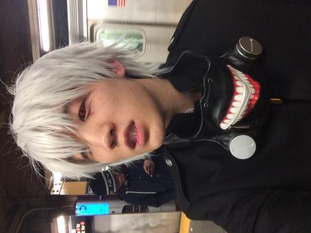 Kaneki Ken (Tokyo Ghoul)  by Val Pyon